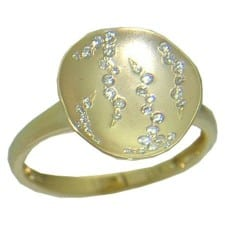 Diamond Rings in Yellow Gold