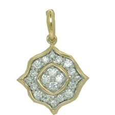 Diamond Pendant in Yellow Gold