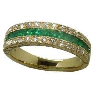 Emerald Ring with 0.17 cttw. Diamonds