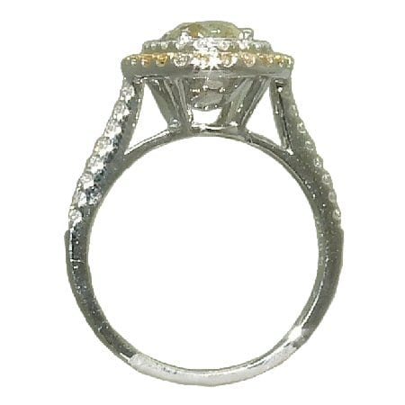 2.61 cttw. White and yellow diamond ring