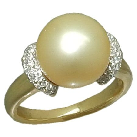 Pearl Ring - Golden South Sea Pearl in 14 ky