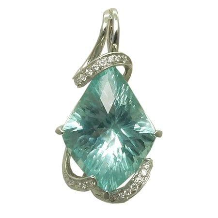 Aquamarine Necklace with 0.10cttw. diamonds in 14 karat white gold