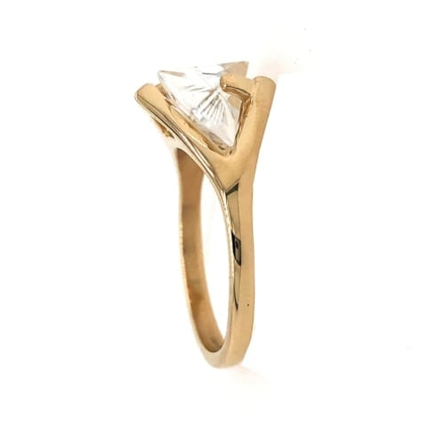 Yellow Gold White Sapphire ring side
